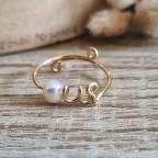 Bague avec perle d'eau douce en or gold filled